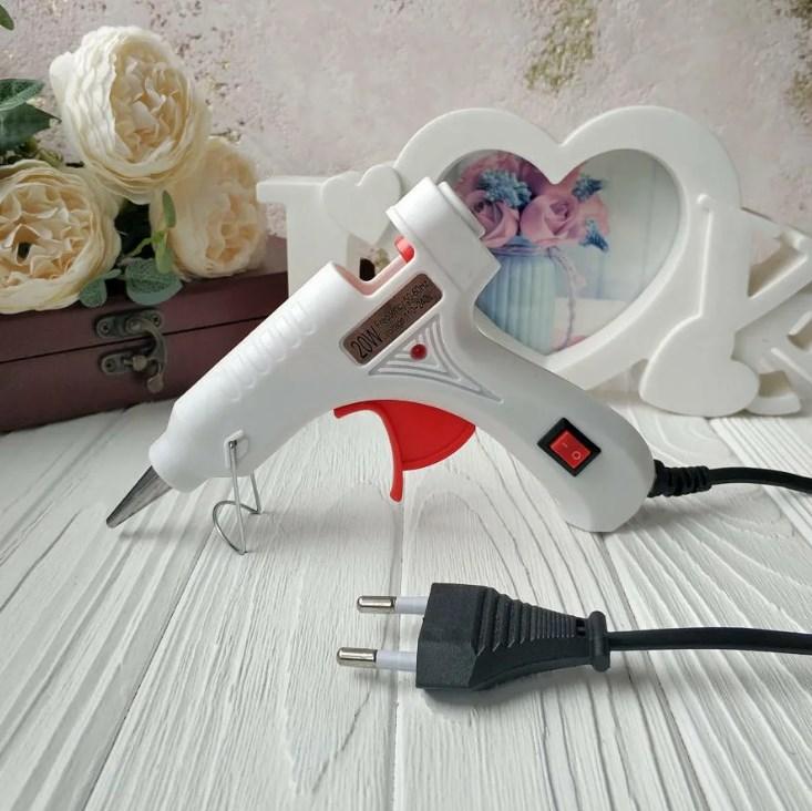 Cold hot glue gun electronic air pressure regulator